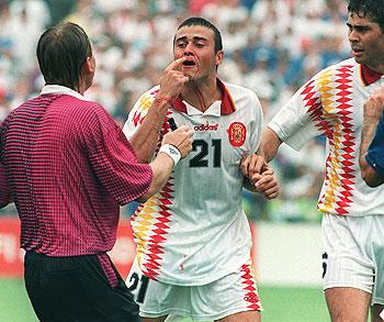 Luis Enrique con la nariz rota