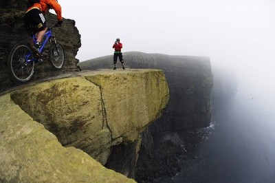 BTT extremo en los Cliff of Moher
