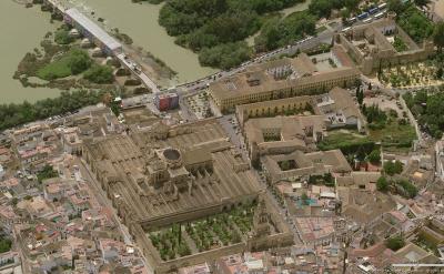 Vista aérea de la Mezquita y alrededores