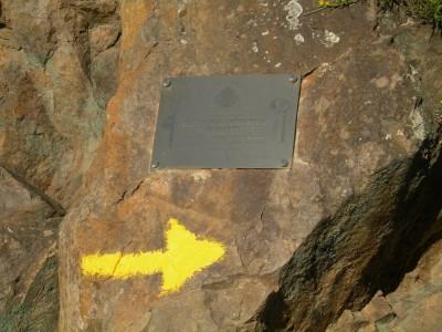 Placa conmemorativa (Imagen original de bgs en Picasa)