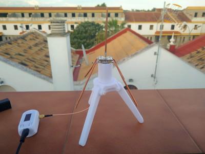 Antena de fabricación propia de 868 MHz